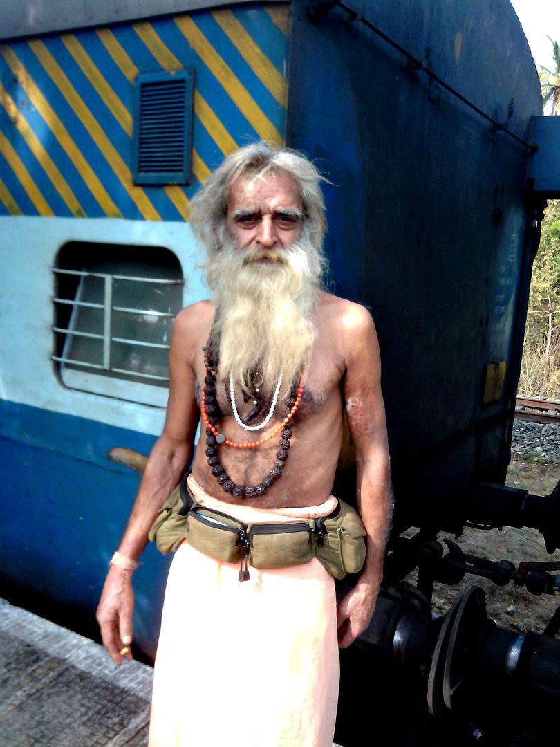 не гот«Хиппи живут на пляже на 50$ в месяц, а кто-то снимает отель за 100$ в сутки»: парень из Новополоцка полгода прожил в Индии (фото) - фото 5