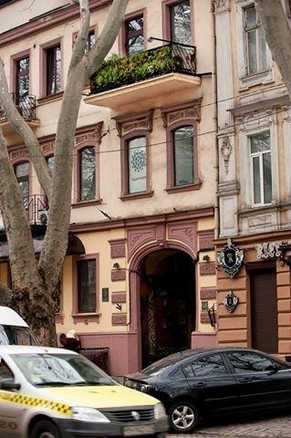 2d615827f4e3a8b842d61150f875a9dc В Одессе появился первый в Украине балкон, который самостоятельно дышит