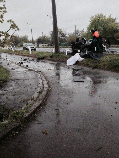Жуткая ночь в Еленовке. В результате обстрела блокпоста погибли мирные жители (фото) (фото) - фото 1