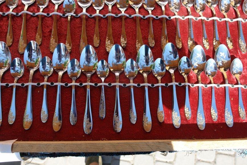 В центрі міста запрацював Великодній ярмарок (ФОТО) (фото) - фото 1