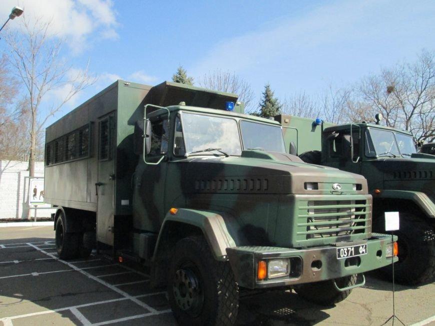 Одесских нацгвардейцев возят на комфортабельных авто (ФОТО) (фото) - фото 1