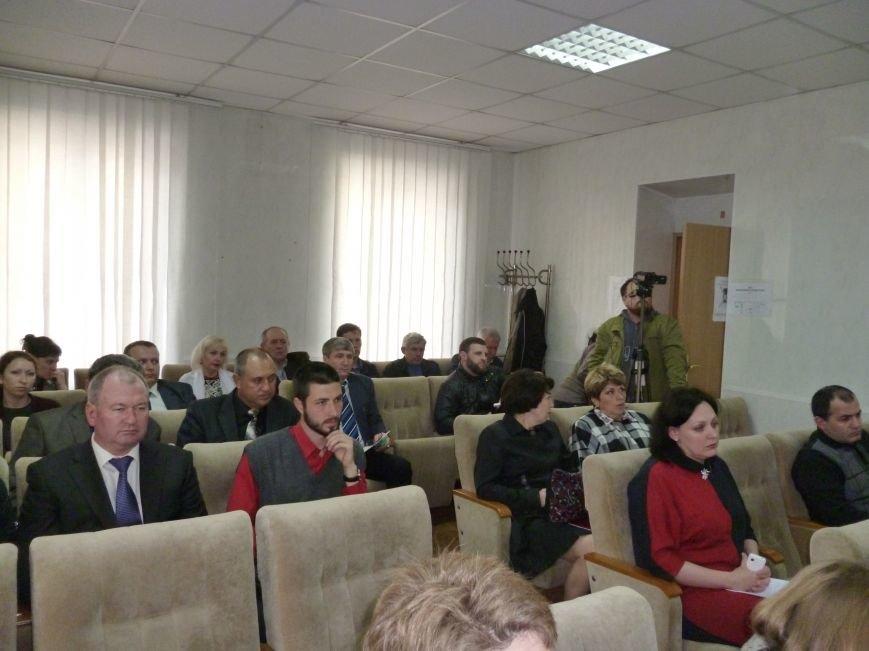 Сегодня бюджет Красноармейска (Покровска) претерпел радикальных изменений в расходной части (фото) - фото 2