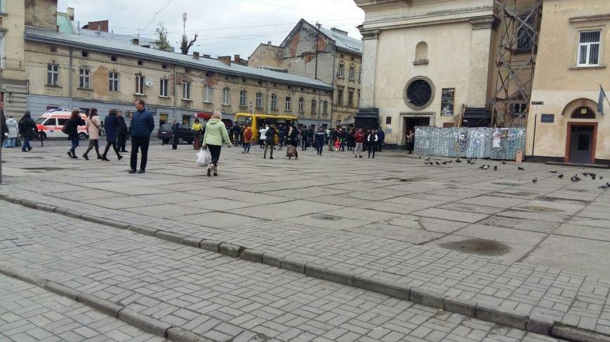Незабаром у Львові відновлять реконструкційні роботи на пл.Митній (ФОТО) (фото) - фото 1