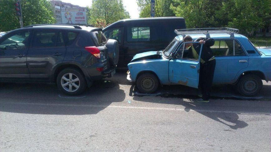 На Капушанській в Ужгороді зіткнулися