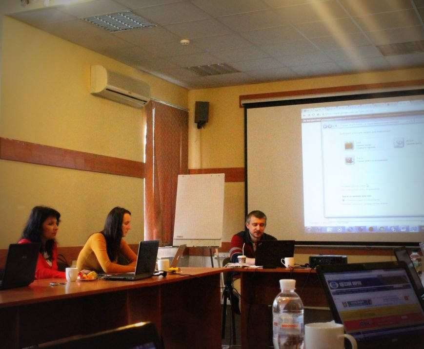 Тренінг з цифрової безпеки для журналістів, які працюють в зоні конфлікту, фото-1