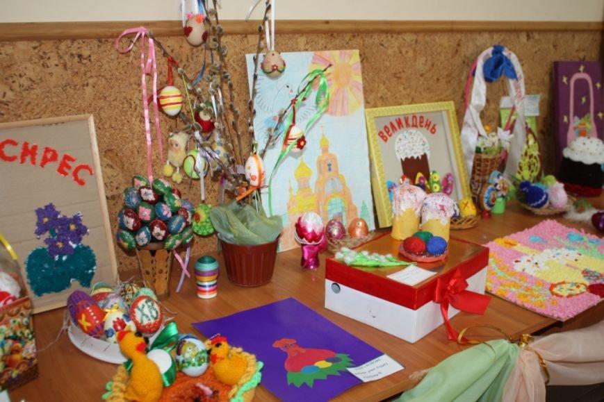 В Свято-Покровском храме с.Боевое готовятся к встрече Воскресения Христова (фото) - фото 1