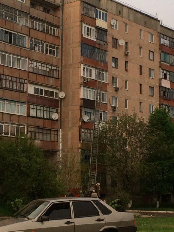 В Александрии двухлетний ребенок закрылся в квартире (фото) - фото 1