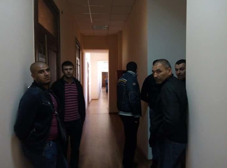 "a5a931ceef83d8adaecc84521bd23985 Одесскую мэрию наводнили ""титушки"""