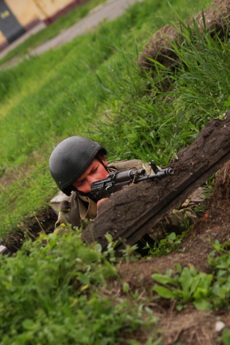 """Сегодня утром военные в/ч А1546 обезвредили группу """"диверсантов"""", пытавшихся захватить склад (ФОТО), фото-8"""