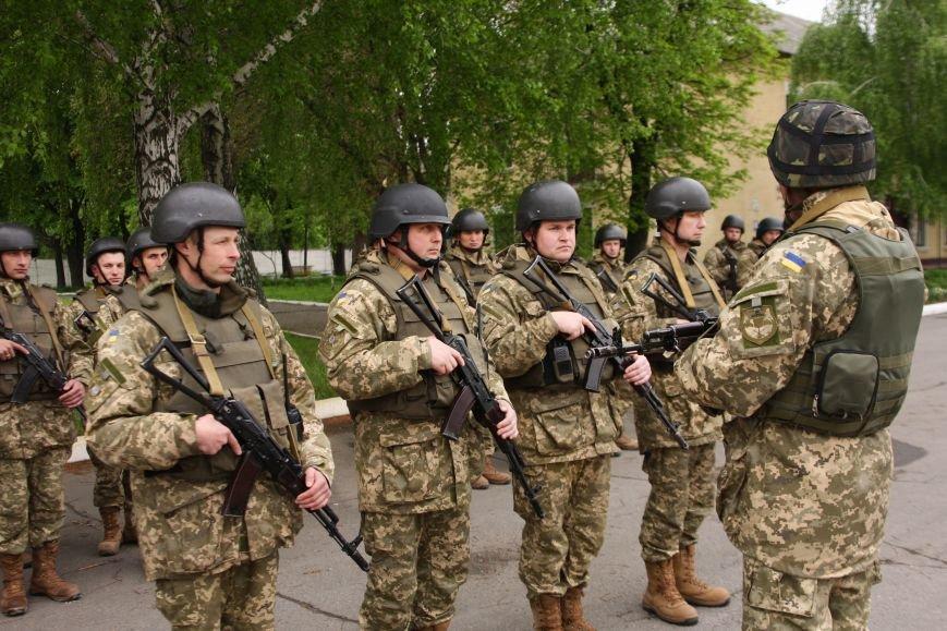 """Сегодня утром военные в/ч А1546 обезвредили группу """"диверсантов"""", пытавшихся захватить склад (ФОТО), фото-4"""