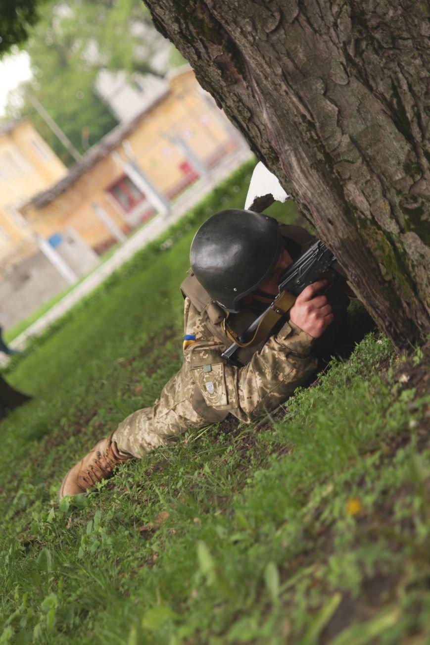 """Сегодня утром военные в/ч А1546 обезвредили группу """"диверсантов"""", пытавшихся захватить склад (ФОТО), фото-5"""