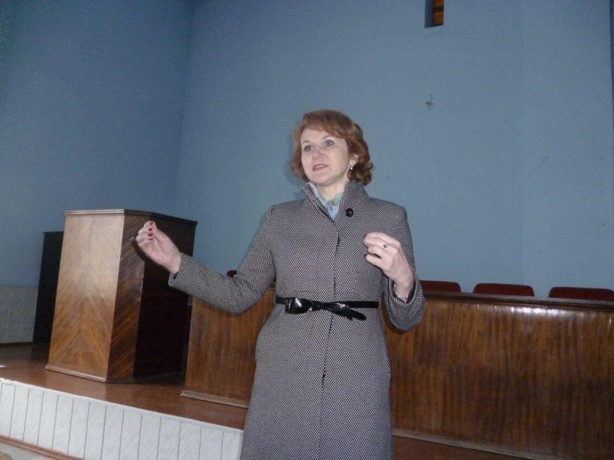 В Красноармейске (Покровске) награждены медики, выезжавшие в зону АТО (фото) - фото 2