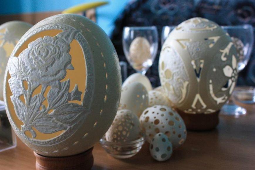 Тернопільський професор перетворює яєчну шкаралупу на… унікальну скульптуру (фото) - фото 1