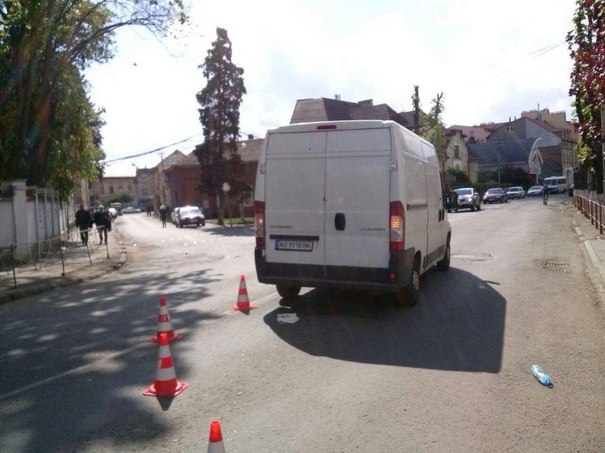 З'явилися фото аварії на вулиці Підгірній, в якій загинула дитина, фото-2