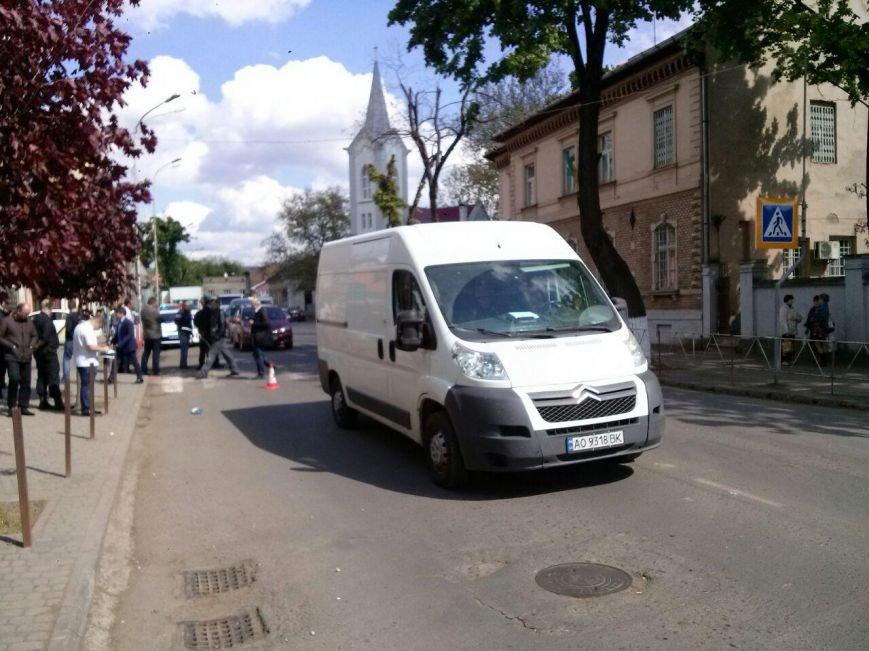 З'явилися фото аварії на вулиці Підгірній, в якій загинула дитина, фото-1