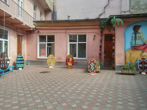 У Львові презентували виставку з виготовлення писанок розміром 1 метр (ФОТО) (фото) - фото 5