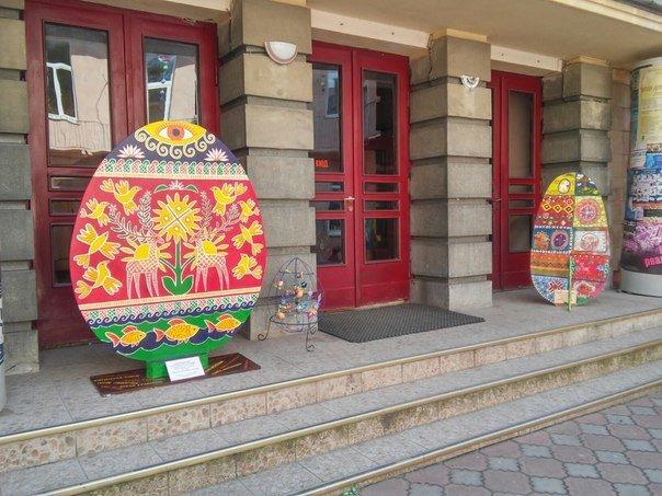 У Львові презентували виставку з виготовлення писанок розміром 1 метр (ФОТО) (фото) - фото 2