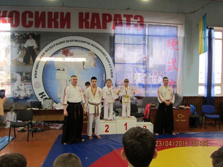 Спортсмены Красноармейска  (Покровска) и Димитрова (Мирнограда) стали лучшими в областном Чемпионате по косики каратэ (фото) - фото 2