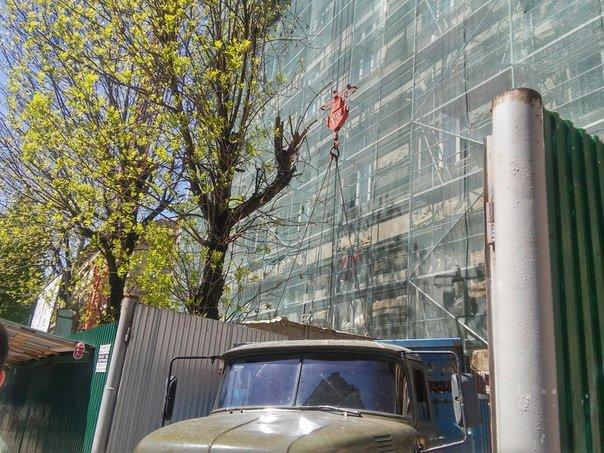 Поблизу університету ім.Івана Франка буде готель на 100 номерів (ФОТО) (фото) - фото 1