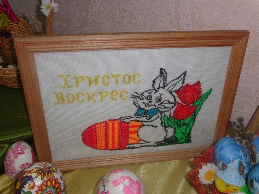 Школьники Красноармейска (Покровска) приняли участие в захватывающем мастер-классе по изготовлению пасхальных писанок (фото) - фото 3