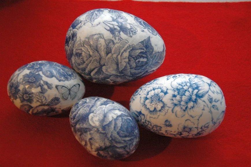 Декупаж пасхальних яєць — індивідуальна неповторність великоднього кошика (фото) - фото 4