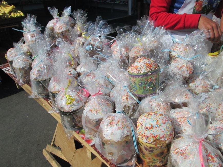 e566e708700cfe3da782dc66f84e26ff Готовимся к Пасхе: сколько стоит собрать праздничную корзинку на Привозе