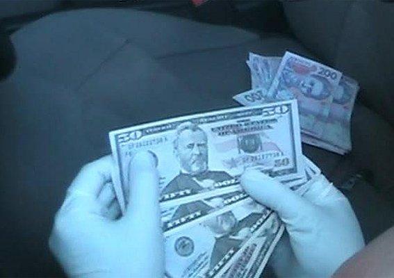 В Полтаве сотрудник главка требовал взятку за надлежащее рассмотрение заявления о краже (фото) - фото 1