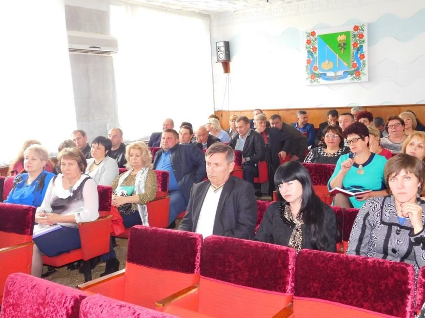 В Добропольском районе прошла очередная сессия (фото) - фото 1