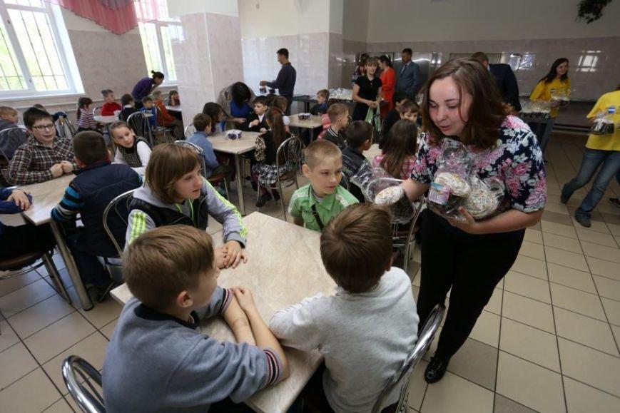 Как мэр Кременчуга воспитанников школ-интернатов с праздником Пасхи поздравлял (ФОТО), фото-5