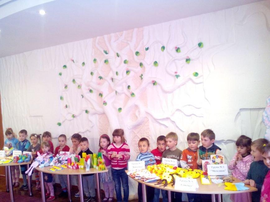 Рівненські дітлахи готували подарунки солдатам до Великодня, фото-5