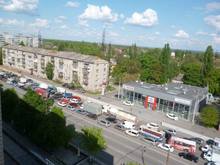 ДТП на Слобожанском проспекте: столкнулись ДАФ и Mazda, образовалась пробка, фото-1
