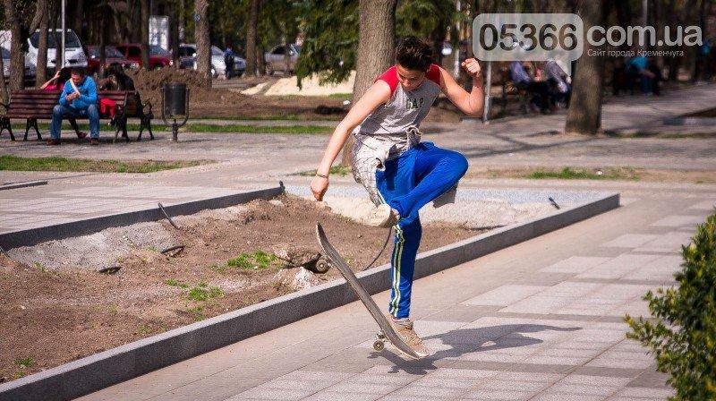 Кременчужане просят мэра защитить их от роллеров, скейтеров и велосипедистов, фото-4