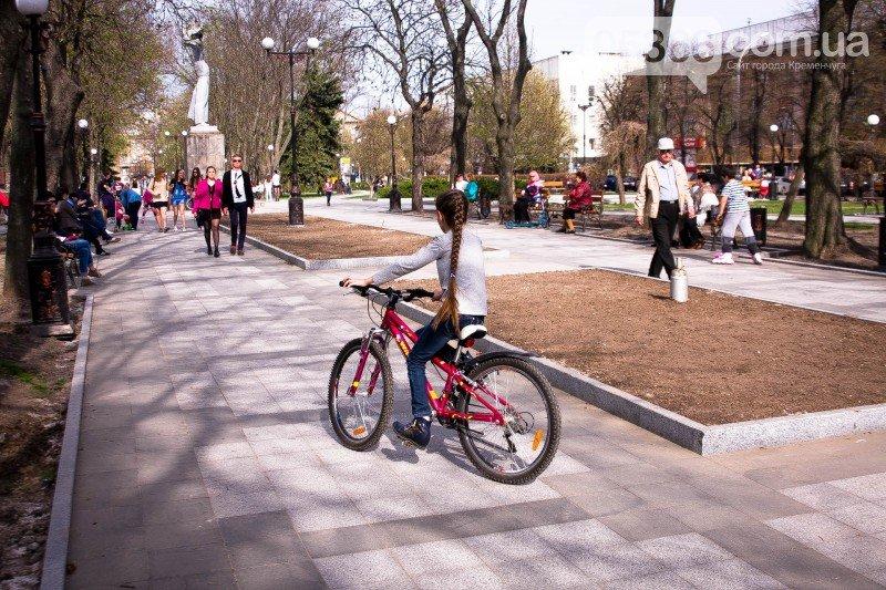 Кременчужане просят мэра защитить их от роллеров, скейтеров и велосипедистов, фото-8