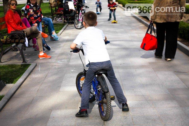 Кременчужане просят мэра защитить их от роллеров, скейтеров и велосипедистов, фото-11
