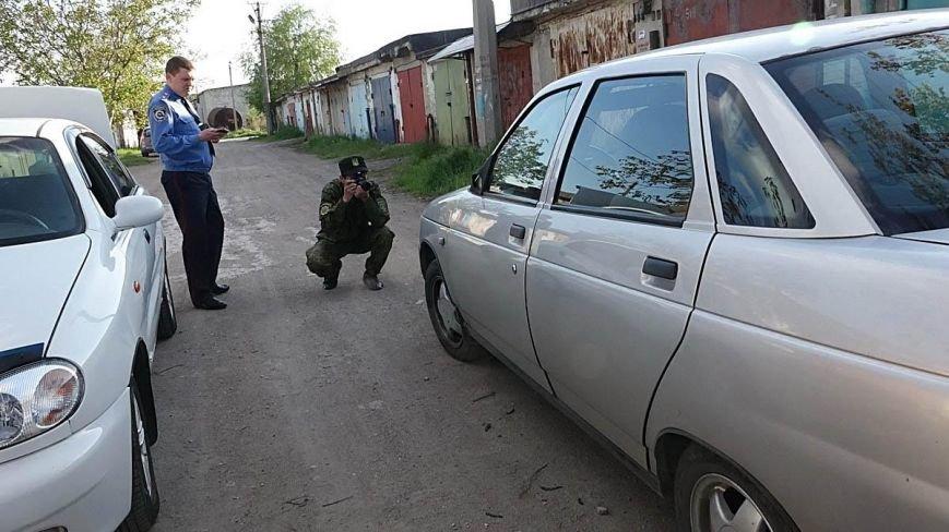 В Мариуполе двое парней устроили погоню за автомобилем, сбившим пенсионерку (ФОТО), фото-6