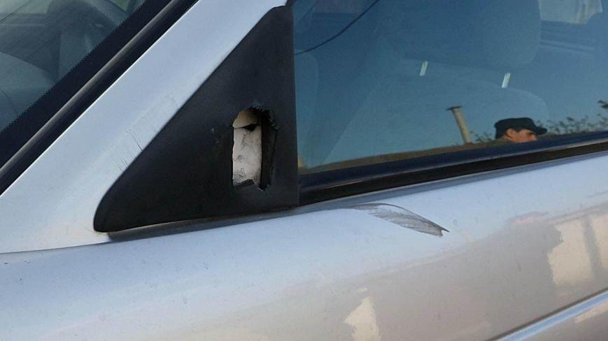 В Мариуполе двое парней устроили погоню за автомобилем, сбившим пенсионерку (ФОТО), фото-10