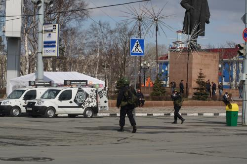 Первомай начал свое торжественное шествие по стране с Южно-Сахалинска, фото-1