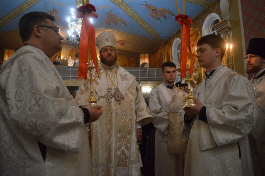 В Северодонецке прошло ночное богослужение в честь Пасхи (ФОТО), фото-2