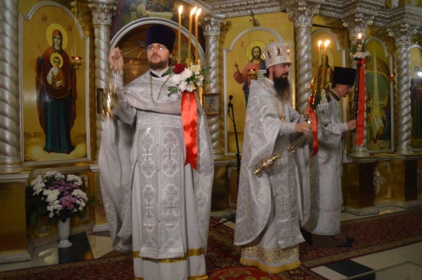В Северодонецке прошло ночное богослужение в честь Пасхи (ФОТО), фото-4