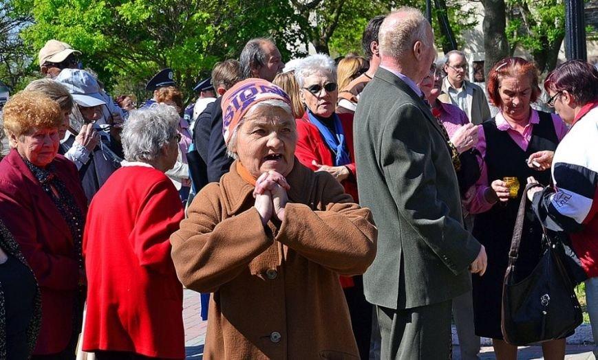 В Херсоне на акции памяти жертв трагедии в Одессе обошлось почти без провокаций (фото), фото-1