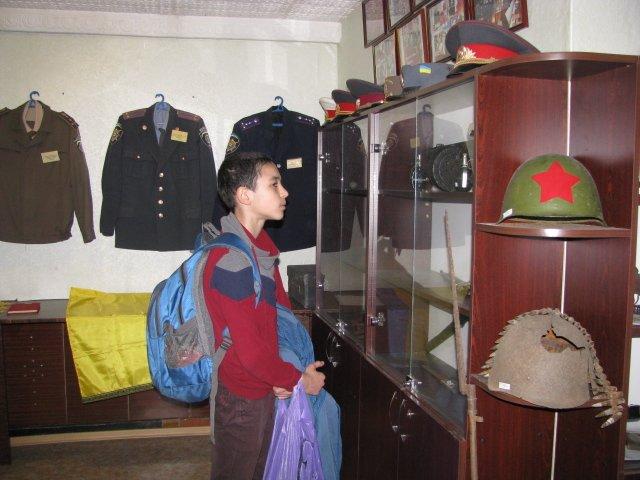 Добропольские правоохранители организовали школьникам интересную и познавательную экскурсию, фото-1