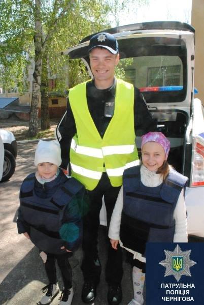 Черниговские патрульные в апреле провели 15 встреч со школьниками, фото-1
