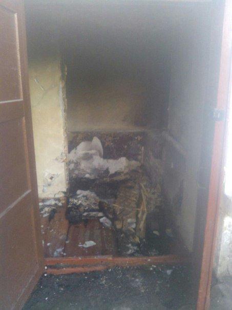 В Днепродзержинске тушили деревянный пол в подъезде, 2 нежилых помещения и дачный домик, фото-3