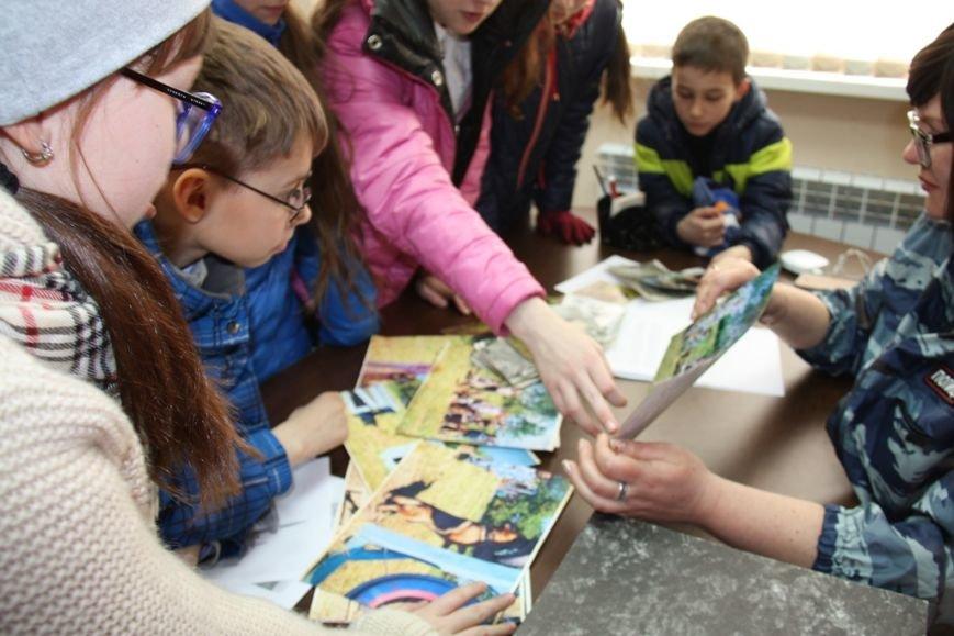 О собаках-героях рассказали сахалинским школьникам кинологи полиции, фото-2