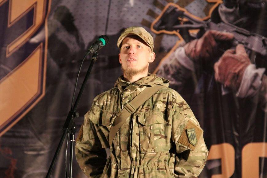 В Бердянске прошло праздничное шествие полка АЗОВ, фото-13