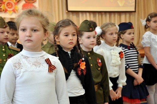 Депутаты крымского парламента провели в школах республики единый «Урок Победы» (ФОТО), фото-2
