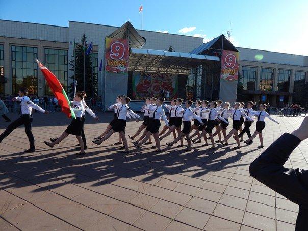 «Победные марши» звучали на главной улице Новополоцка (+ фото), фото-4