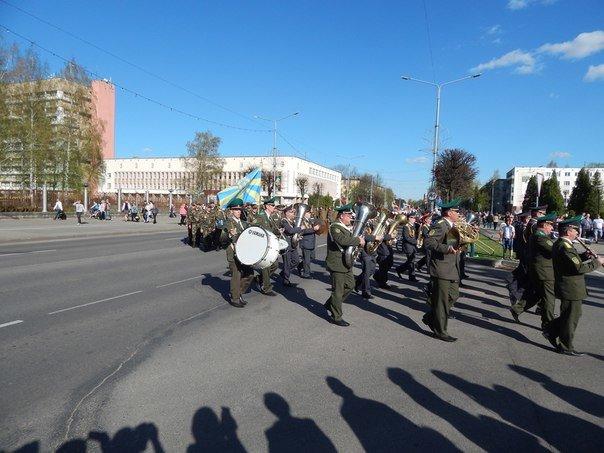 «Победные марши» звучали на главной улице Новополоцка (+ фото), фото-7