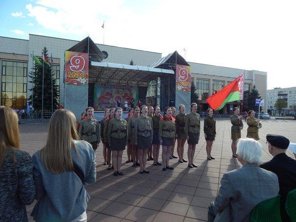 «Победные марши» звучали на главной улице Новополоцка (+ фото), фото-5