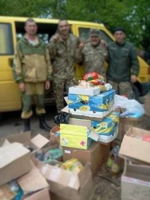 Буковинські волонтери відсвяткували Великдень на передовій(ФОТО), фото-7